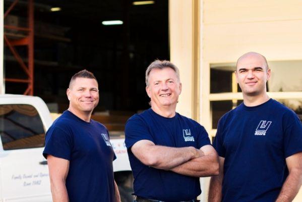 Service  sc 1 st  Ultralite Doors & Ultralite Doors | Service and Repair